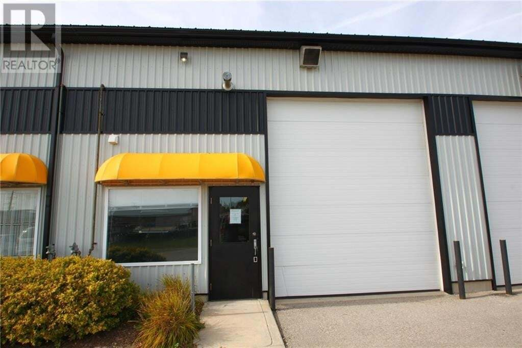 Commercial property for lease at 820 Gartshore St Fergus Ontario - MLS: 30819481