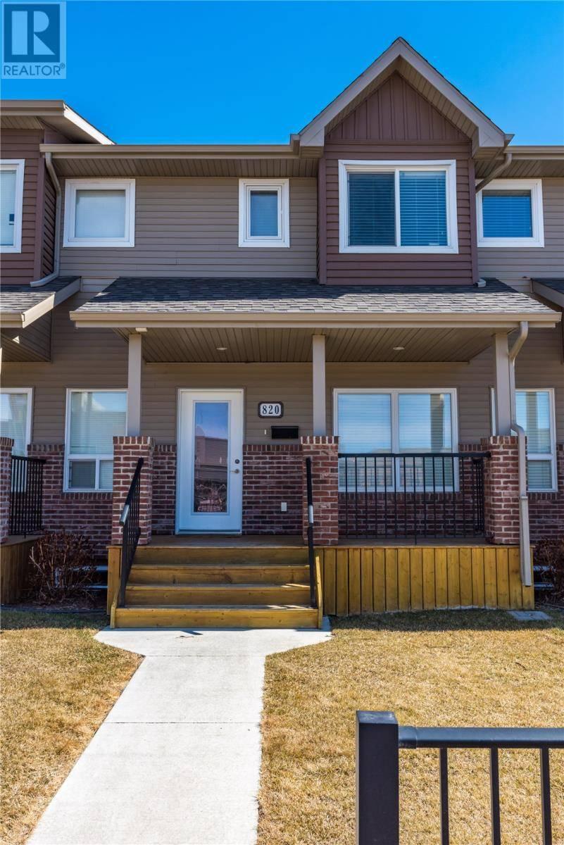 Townhouse for sale at 820 Stensrud Rd Saskatoon Saskatchewan - MLS: SK767754