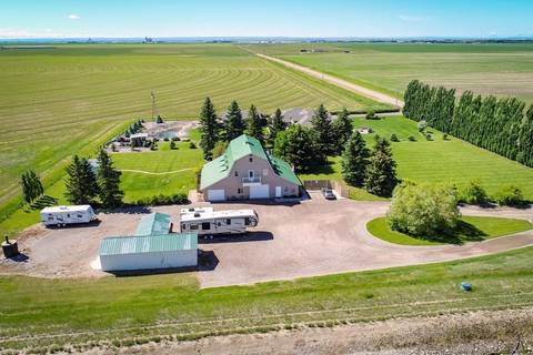 Home for sale at 82035 Range Road 204  Rural Lethbridge County Alberta - MLS: LD0165829