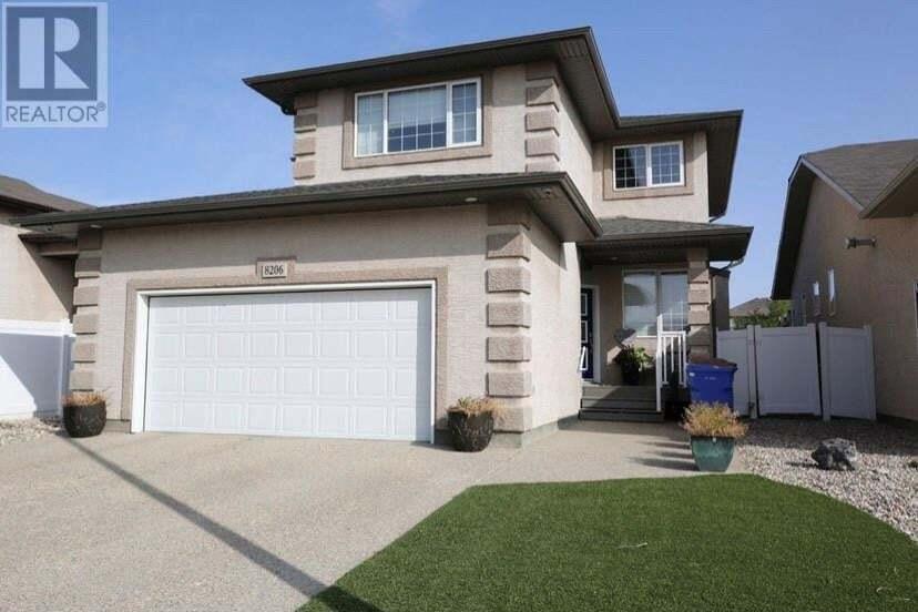 House for sale at 8206 Wascana Gardens By Regina Saskatchewan - MLS: SK826137