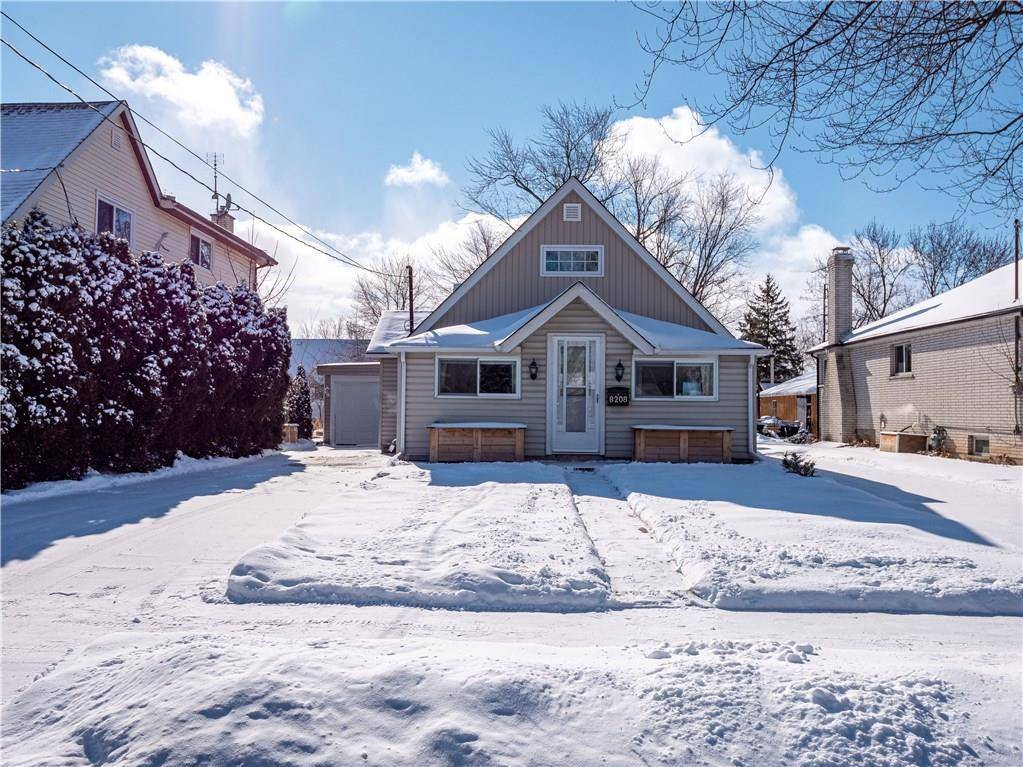 House for sale at 8208 Woodbine St Niagara Falls Ontario - MLS: 30784842