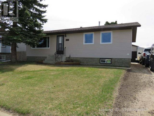 House for sale at 821 10 Ave Se Slave Lake Alberta - MLS: 50785