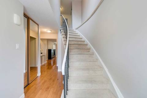 821 Sweetwater Crescent, Mississauga | Image 2
