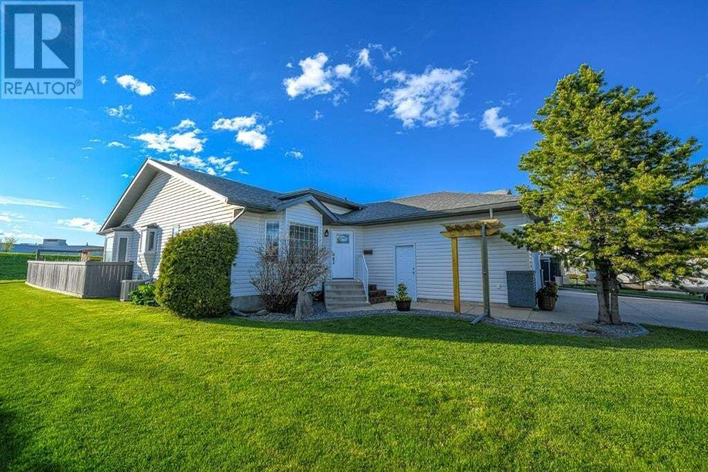 House for sale at 8212 107 St Grande Prairie Alberta - MLS: A1001301