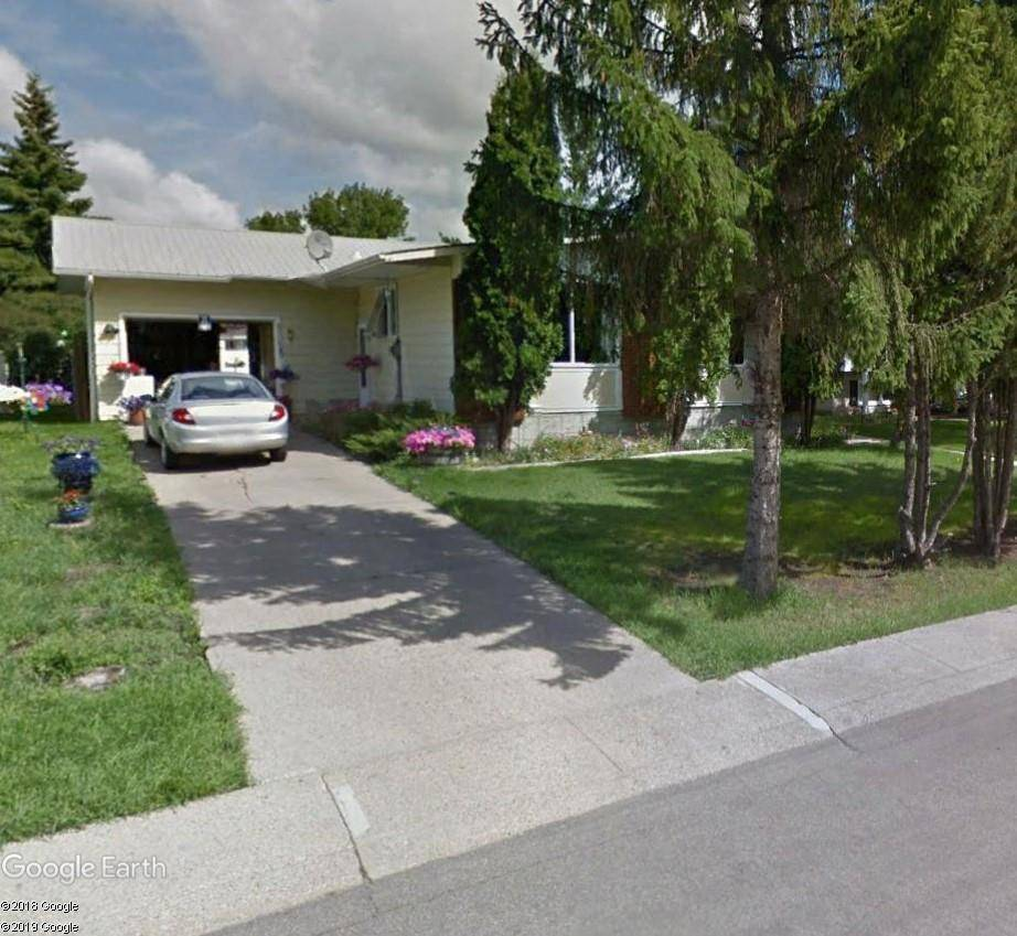 8212 137 Avenue Nw, Edmonton | Image 1