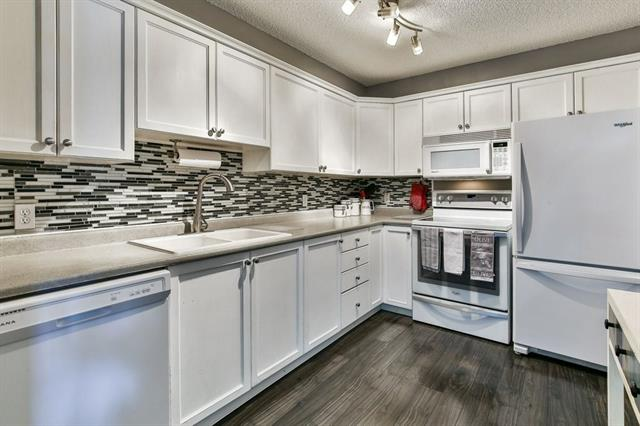 Removed: 8214 - 304 Mackenzie Way Southwest, Airdrie, AB - Removed on 2018-11-24 04:30:18