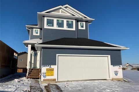 House for sale at 822 Childers Ri Saskatoon Saskatchewan - MLS: SK806072