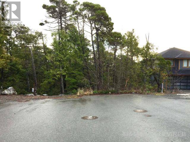 Residential property for sale at 823 Lorne White Pl Ucluelet British Columbia - MLS: 434449