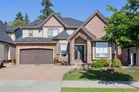 House for sale at 8232 144a St Surrey British Columbia - MLS: R2457945