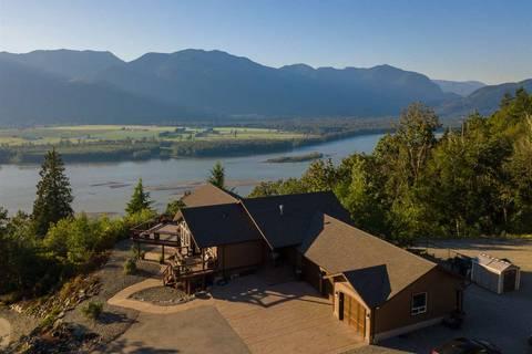 House for sale at 8246 Shrewsbury Dr Chilliwack British Columbia - MLS: R2438666