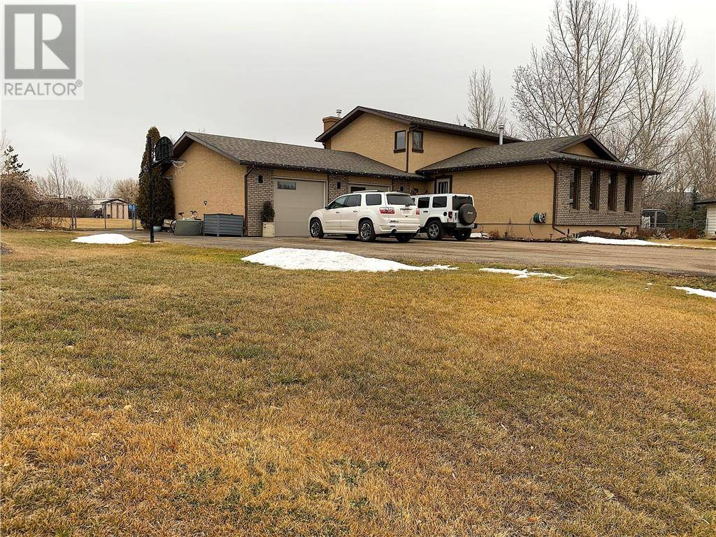 House for sale at 825 4 Ave Dunmore Alberta - MLS: mh0185142