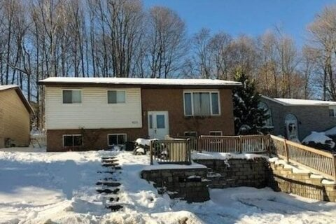 Residential property for sale at 825 Birchwood Dr Midland Ontario - MLS: 40046801