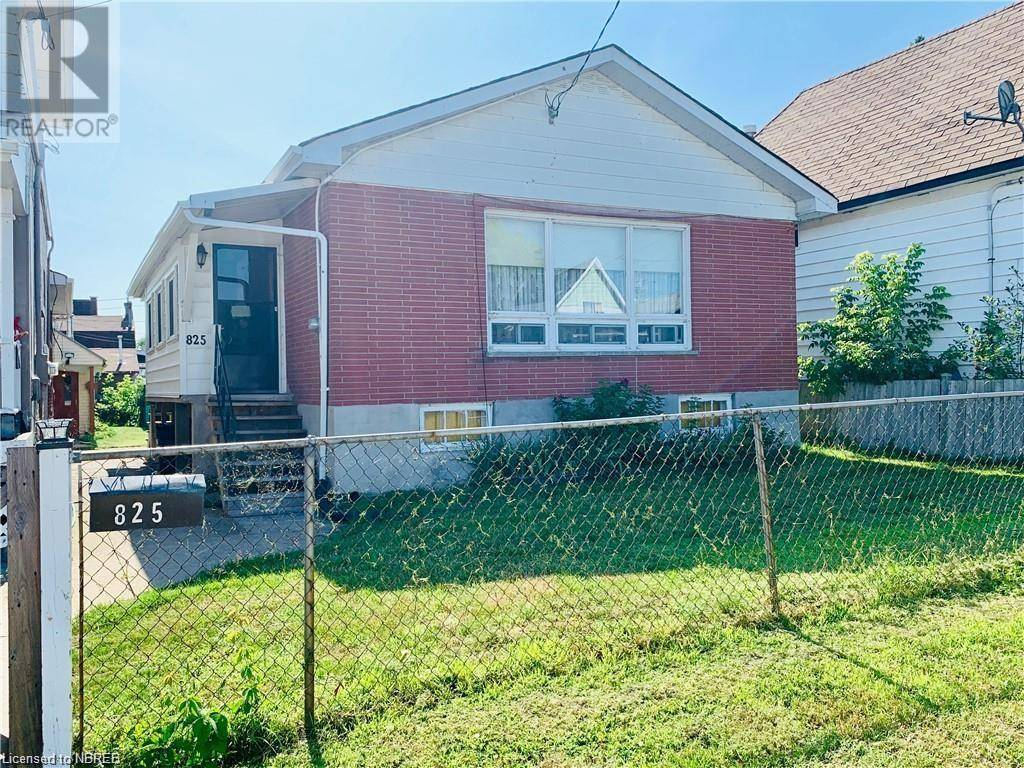 House for sale at 825 Mcintyre St East North Bay Ontario - MLS: 217963