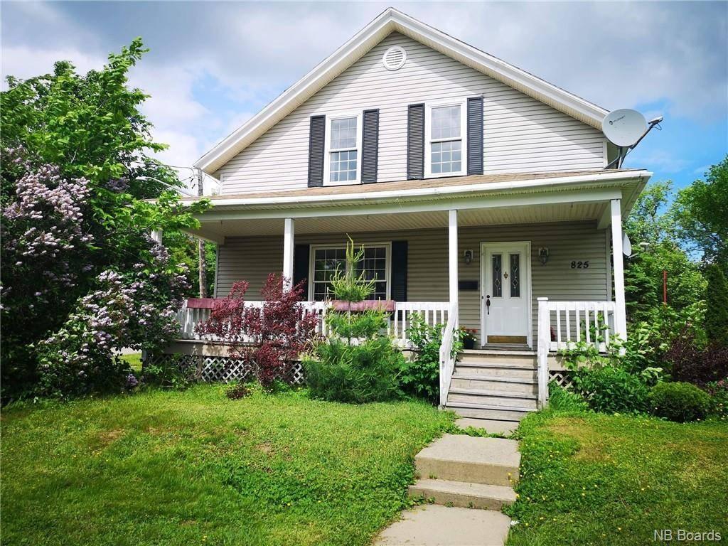 House for sale at 825 Murray Ave Bathurst New Brunswick - MLS: NB025419