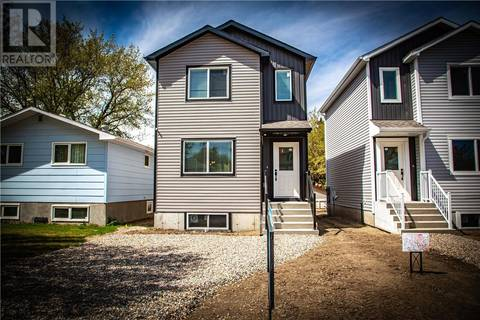 House for sale at 826 H Ave N Saskatoon Saskatchewan - MLS: SK799676