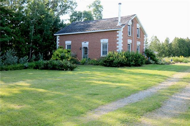 Sold: 827043 Grey Rd 40 Road, Grey Highlands, ON