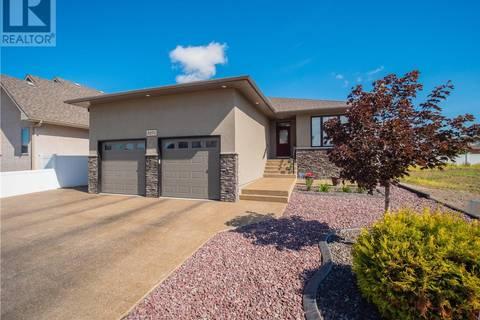 House for sale at 8271 Wascana Gardens Pt Regina Saskatchewan - MLS: SK771384
