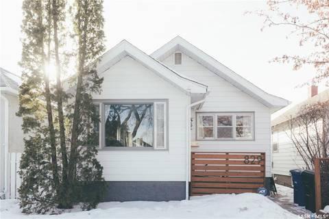 House for sale at 829 G Ave N Saskatoon Saskatchewan - MLS: SK803405