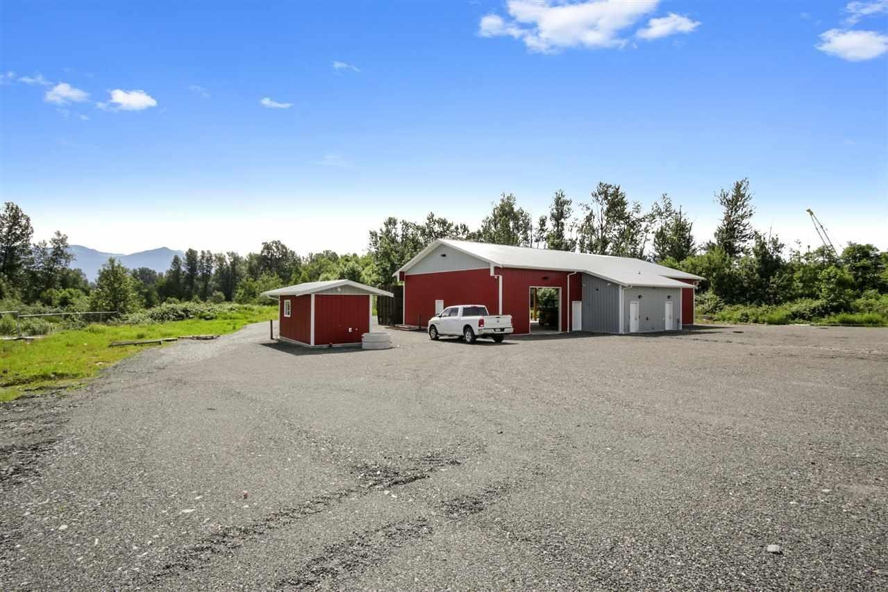 Commercial property for sale at 8290 Aitken Rd Chilliwack British Columbia - MLS: C8031335