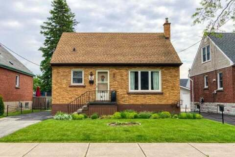 House for sale at 83 East 27th St Hamilton Ontario - MLS: X4781491