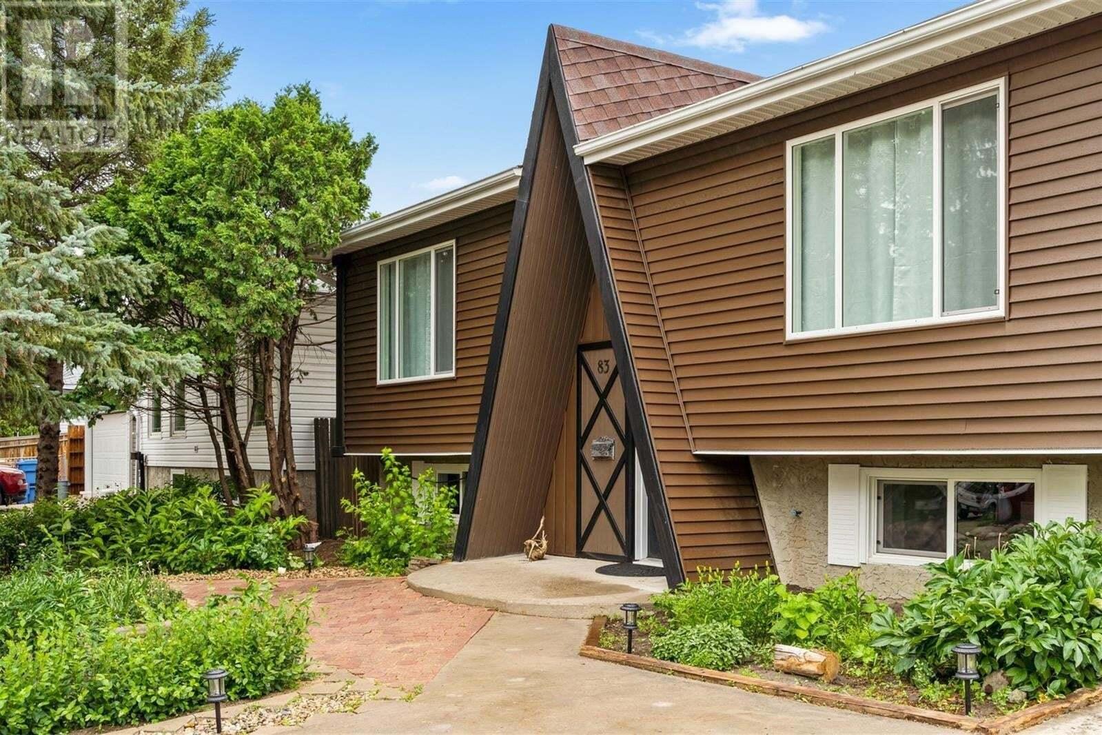 House for sale at 83 Magee Cres Regina Saskatchewan - MLS: SK816986