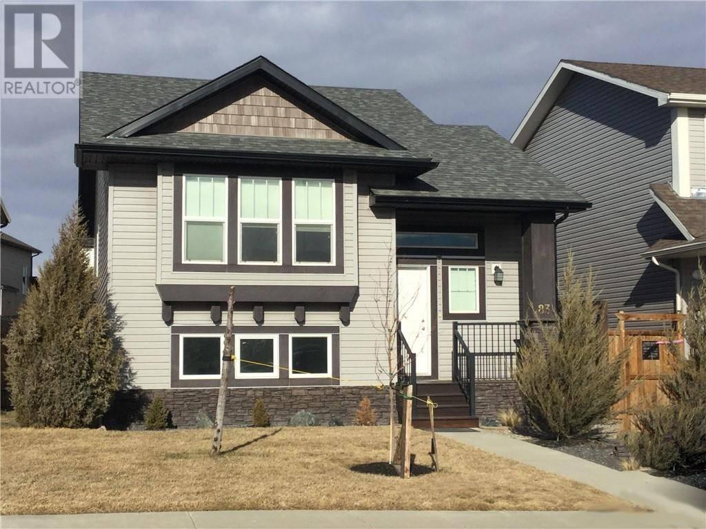 House for sale at 83 Mt. Sundance Rd W Lethbridge Alberta - MLS: ld0189095