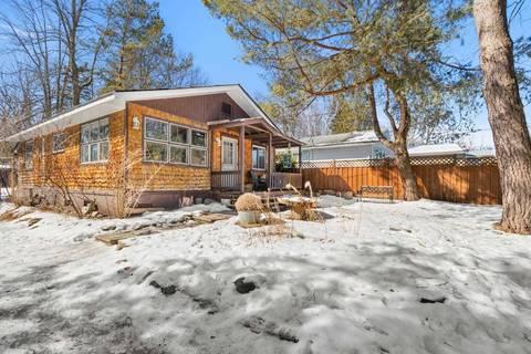 House for sale at 830 Crescent Beach Rd Georgina Ontario - MLS: N4388051