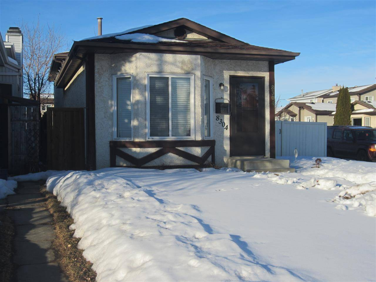 House for sale at 8304 157 Ave Nw Edmonton Alberta - MLS: E4189228