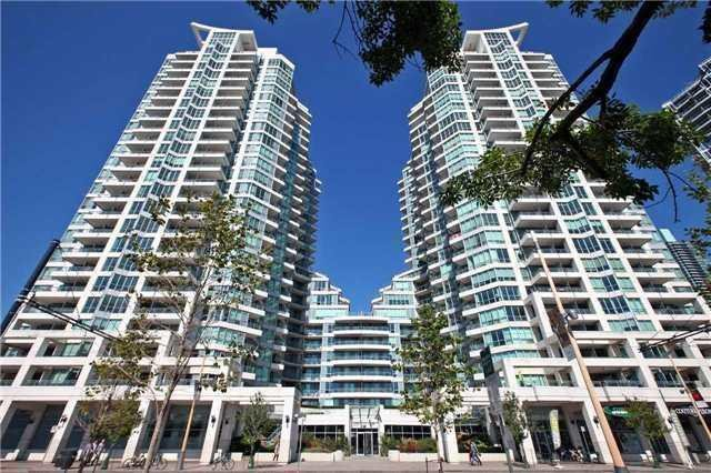 Removed: 831 - 230 Queens Quay West, Toronto, ON - Removed on 2018-09-14 05:12:19