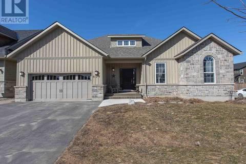 House for sale at 831 Kananaskis Dr Kingston Ontario - MLS: K19001678