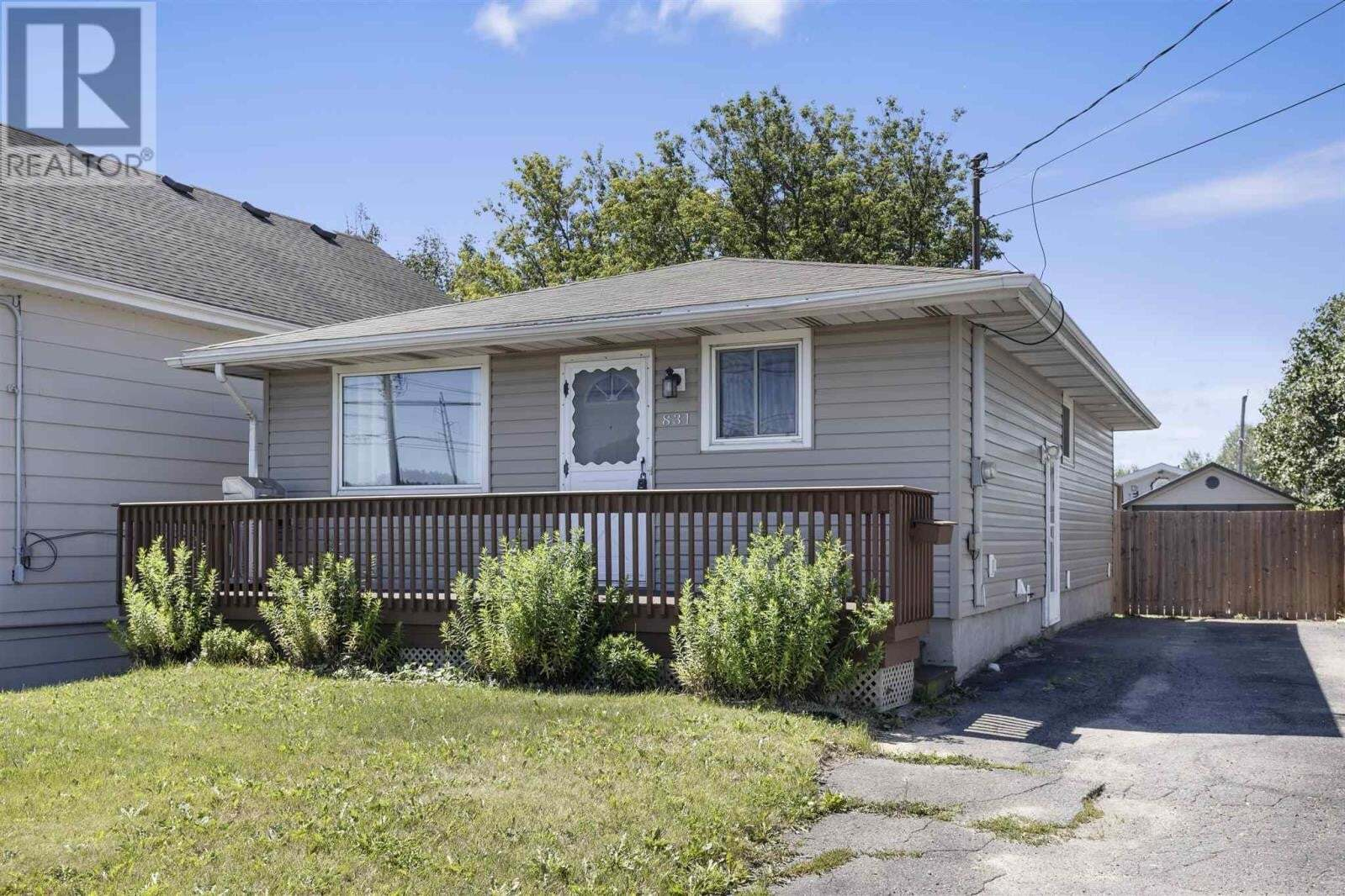 House for sale at 831 Peoples Rd Sault Ste. Marie Ontario - MLS: SM129425
