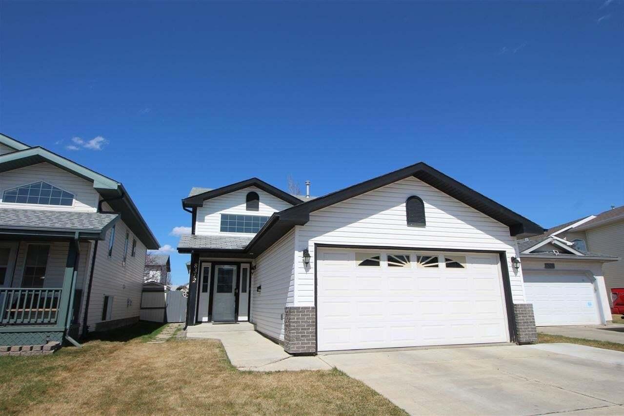 House for sale at 8312 170 Av NW Edmonton Alberta - MLS: E4196327