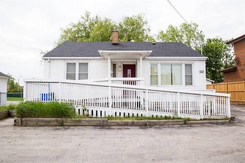 Residential property for sale at 832 Upper Wentworth St Hamilton Ontario - MLS: H4049374