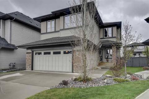 House for sale at 833 Armitage Wd Sw Edmonton Alberta - MLS: E4157345