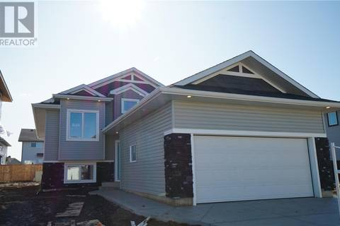 House for sale at 834 Labine Cres Saskatoon Saskatchewan - MLS: SK770829