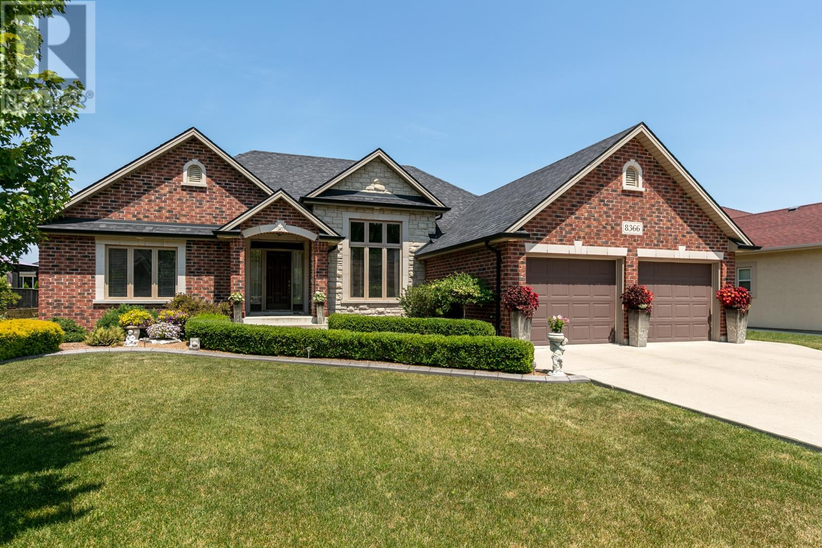 For Sale: 8366 Aalbers Crescent, Amherstburg, ON | 4 Bed, 3 Bath House for $529,900. See 30 photos!