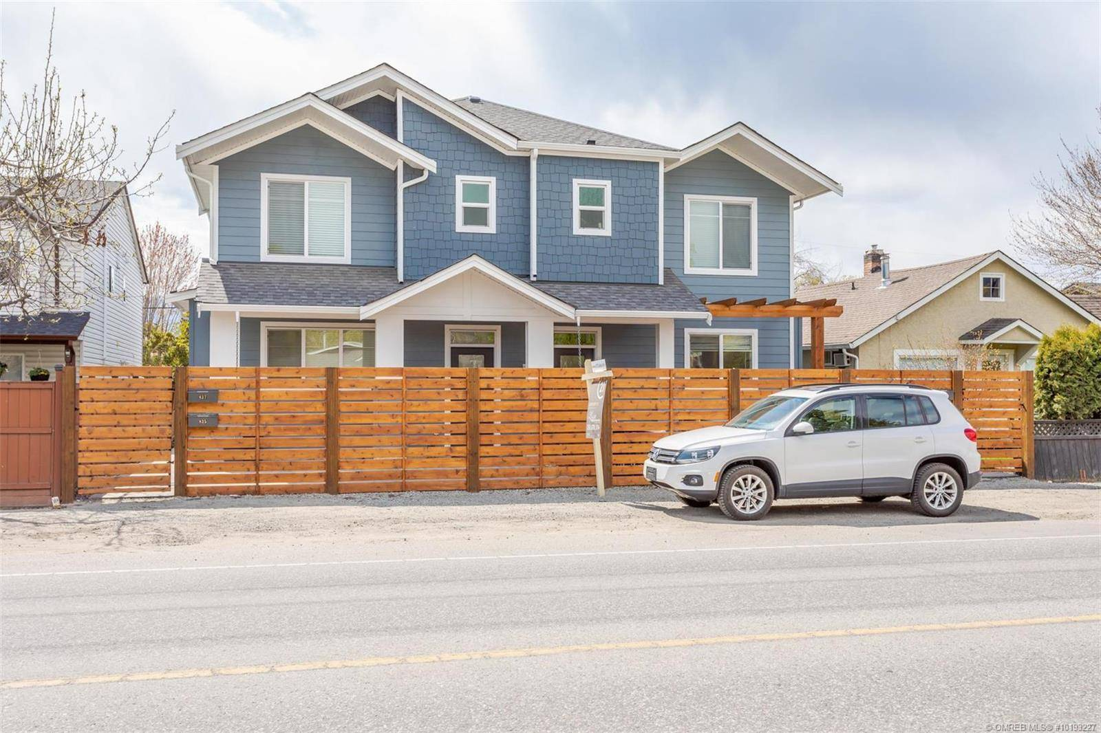Townhouse for sale at 837 Cadder Ave Kelowna British Columbia - MLS: 10193227