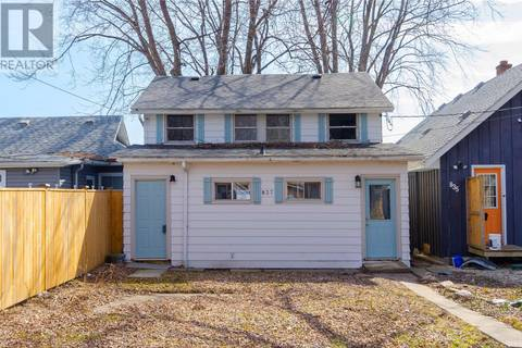 Townhouse for sale at 837 Orchard  Kingsville Ontario - MLS: 19012739