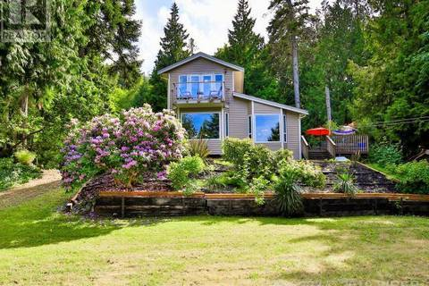 House for sale at 8376 Bayview Park Dr Lantzville British Columbia - MLS: 456352
