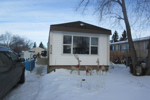 House for sale at 838 Brentwood Cres Strathmore Alberta - MLS: A1057479