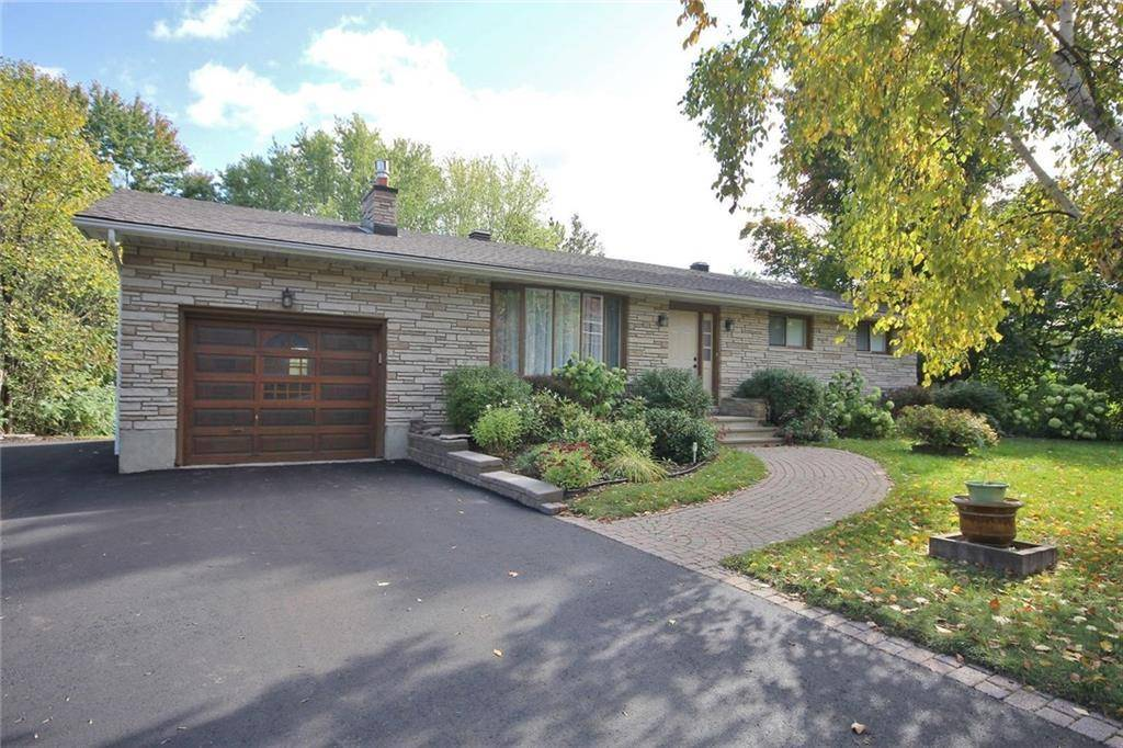 House for sale at 8380 Victoria St Metcalfe Ontario - MLS: 1172169