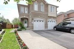 Townhouse for sale at 84 Alfonso Cres Brampton Ontario - MLS: W4486157