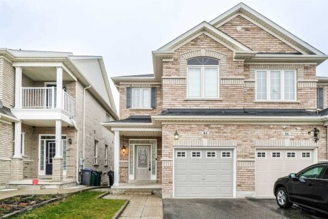 Townhouse for rent at 84 Calm Waters Cres Brampton Ontario - MLS: W5053495