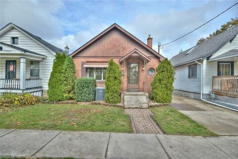 House for sale at 84 Permilla St St. Catharines Ontario - MLS: 40036482