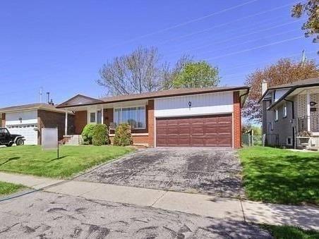 House for sale at 84 Purpledusk Tr Toronto Ontario - MLS: E4457801