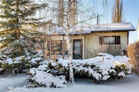 House for sale at 84 Scenic Acres Dr Northwest Calgary Alberta - MLS: C4285130