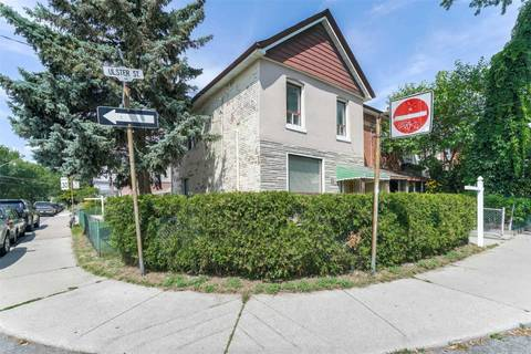 Townhouse for sale at 84 Ulster St Toronto Ontario - MLS: C4546500