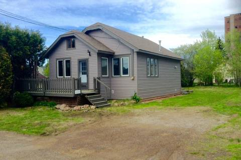House for sale at 840 Marks St N Thunder Bay Ontario - MLS: TB191732