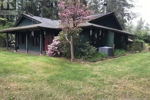 House for sale at 840 Rupert E Rd Qualicum Beach British Columbia - MLS: 455016