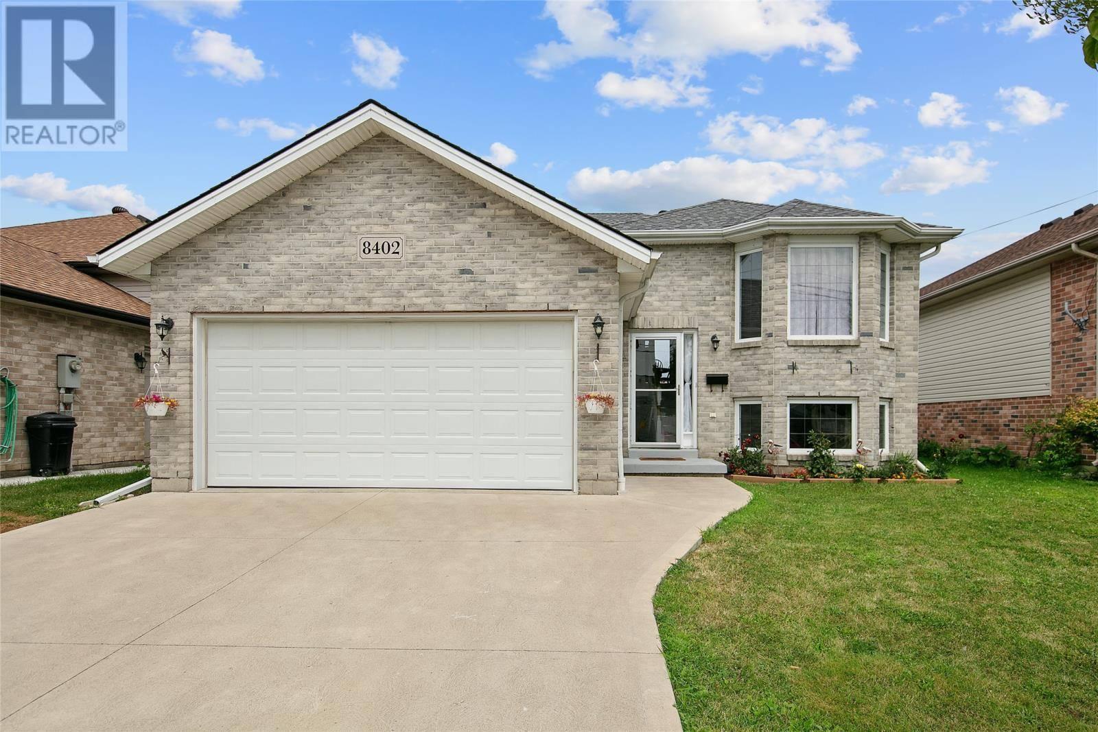 House for sale at 8402 Menard  Windsor Ontario - MLS: 19023139